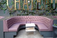 Xorel Meteor tufted banquette seating at Paris in Las Vegas! Carnegie Fabrics, Banquette Seating, Take A Seat, Outdoor Furniture, Outdoor Decor, Las Vegas, Restaurants, Upholstery, Retail