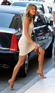 jennifer aniston shoes dress
