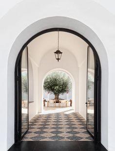Drink at Quinta Dos Santos Exterior Design, Door Design, Interior And Exterior, House Design, Dream Home Design, My Dream Home, My House, Future House, Portugal
