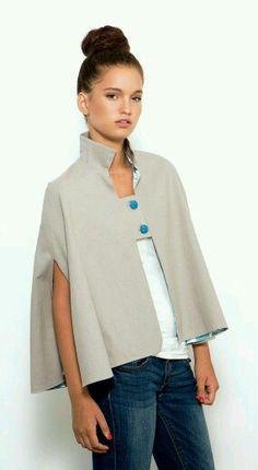 Gray Cape Kimono Jacket Cape Coat Spring Top by PigPigCowDesigns, Gilet Kimono, Kimono Jacket, Look Fashion, Winter Fashion, Fashion Design, Style Casual, My Style, Diy Clothes, Clothes For Women