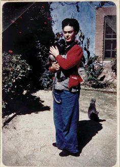 "fridari: ""Frida Kahlo, Casa Azul, México. """
