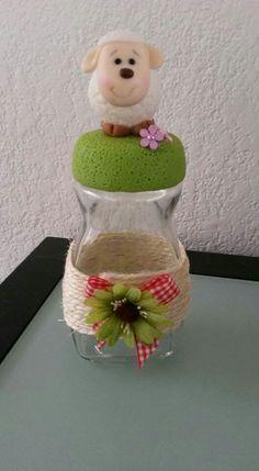 Frascos de Nescafé Coffee Jar Crafts, Coffee Jars, Minis, Ideas Para Fiestas, Pasta Flexible, Safari, Decoupage, Diy, Painting