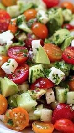 heilfasten abnehmen salat gurken tomaten avocado