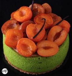 C'est ma fournée !: La charlotte abricot/verveine de Christophe Felder...