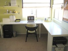 double office Pretty and tidy home office. DIY door desk project - base options are table legs or shelving. Mesa Home Office, Home Office Desks, Home Depot Doors, Door Desk, Wall Desk, Old Bookshelves, Book Shelves, Bookcase, Hollow Core Doors