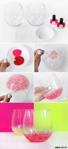 vasos de vidrio pintados con esmaltes