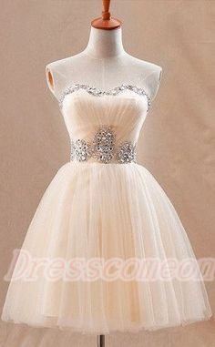 Sweetheart Beading Homecoming Dresses,Elegant Modes Homecoming Dresses,Pretty Graduation Dresses http://www.luulla.com/product/562207/strapless-short-cute-graduation-dresses-real-beautiful-homecoming-dresses-for-teens-custom-made-cocktail-dresses-party-dresses