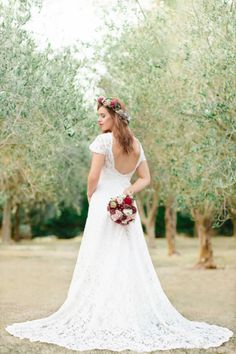 Liah Roebuck Bridal Design is located in New Plymouth, New Zealand. Designing and creating your dream custom wedding dress. Custom Wedding Dress, Wedding Dresses, New Dress, Custom Design, Gowns, Facebook, Bridal, How To Wear, Photography