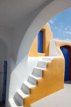 Amazing cycladic architecure in #Santorini #Greece