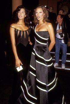 Yasmeen Ghauri & Christy Turlington   90s Supermodels