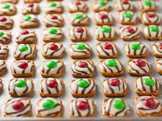 Pretzel M&M Hugs {Christmas Style} - Cooking Classy