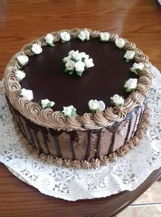 Chocolate Cake Designs, Hungarian Cake, Gorgeous Cakes, Creative Cakes, Tiramisu, Cake Decorating, Birthday Cake, Ethnic Recipes, Sweet