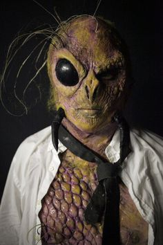finished-bug-honeybee-makeup-creation-by-david-greathouse-house-face-off-season-4-syfy