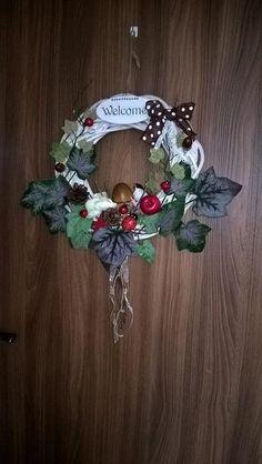 My world - Album používateľky Christmas Wreaths, Album, Holiday Decor, World, Home Decor, Decoration Home, Room Decor, The World, Home Interior Design