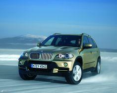 BMW X5 on ice