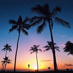 : ALOHA, Haleiwa Sunset (pc: mermaid love 808)