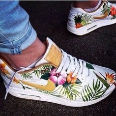 shoes nike air max corail,shoes,gym,flowers,nikeshoes,tranning jumpsuit