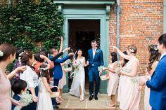 Confetti at Glemham Hall Wedding Venue in Woodbridge. www.gemmagiorgio.com
