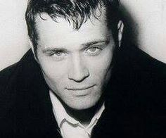 Kevin Ryan - Seamus Dever Ryan looked under 21 on this Glamour Shot Watch Castle, Seamus Dever, Richard Castle, Castle Tv Shows, Castle Beckett, Really Hot Guys, Becoming An Actress, Casting Pics, Childhood Photos