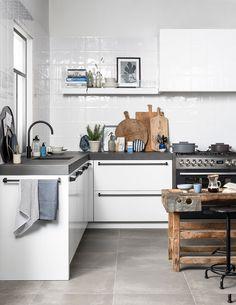vtwonen-kleine-keuken-wit-scandinavisch