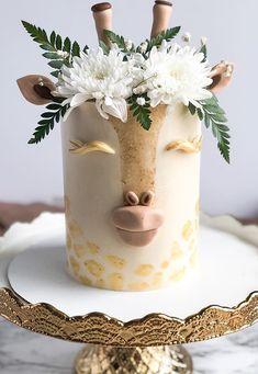 Giraffe Birthday Cakes, Giraffe Cakes, Pretty Birthday Cakes, Pretty Cakes, Cute Cakes, Beautiful Cakes, Best Birthday Cake Designs, Birthday Cakes For Girls, Fondant Giraffe
