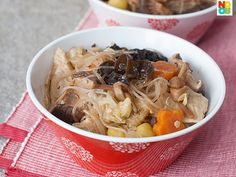 Easy recipe for Chap Chye, a popular vegetarian mixed vegetables stew dish. Tried this recipe twice and my Frenchman loves it each time.