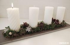 Dekoration med adventslys og julestjerne flet Christmas Advent Wreath, Nordic Christmas, Christmas Decorations, Advent Wreaths, Wonderful Time, Pillar Candles, Origami, Paper Crafts, Inspiration