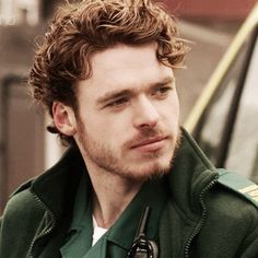 Face Cast: Richard Madden as Kit Walsh