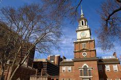 El Salón de la Independencia de #Filadelfia, construido entre 1732 y 1753, fue el edificio público más ambicioso de las colonias. En él se redactó y firmó la Declaración de Independencia y la Constitución de los #EstadosUnidos de América. http://www.nuevayork.travel/ciudades-para-visitar/filadelfia/ #viajar