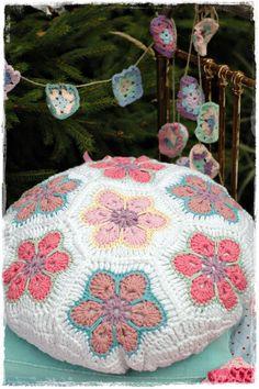 crochet african flowers pillow