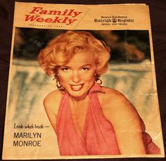 Family Weekly Magazine 02-1959. Front cover photo of Marilyn Monroe.