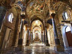 Chiesa della Martorana - www.pmocard.it -  La Storia La chiesa fu fondata nel 1143 per volere di Giorgio d'Antiochia , grande ammiraglio siriaco di fede ortodossa al servizio del re normanno Ruggero II dal 1108 al 1151. .- http://www.pmocard.it/it/Convenzionati/3/chiesa-della-martorana