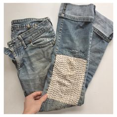 INTRO TO VISIBLE MENDING with The Far Woods! // Join us this Saturday, February 4th from 10am - 1pm at @peoplesfoodcoop in Portland to learn how to mend a hole in the knee of a pair of jeans, simply and beautifully!  We will come together to salvage our old things, find comfort in meditative hand-stitching and get to know each other  To register and for more details visit @peoplesfoodcoop's website. ✂️ #mending #makedomend #sewswapthrift #artofmending #pdxclass #workshop #pdx #pnwcreatives