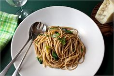 Whole Wheat Spaghetti With Green Garlic - Recipes for Health - NYTimes.com