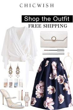 Peach Blossom Midi Skirt in Navy Classy Outfits, Outfits For Teens, Chic Outfits, Summer Outfits, Bad Fashion, Womens Fashion, Party Skirt, Matches Fashion, Skirt Outfits