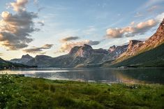 10 best and most beautiful places in Norway that you have to visit in your lifetime. See the beauty of Norway and plan your next trip there! Voyage En Camping-car, Road Trip, Glacier, Nikon D5200, Visit Norway, Norway Travel, Fjord, Voyage Europe, Outdoors