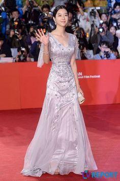 Asian Actors, Korean Actresses, Korean Actors, Actors & Actresses, International Film Festival, Japan Fashion, Korean Outfits, Beautiful Asian Girls, Korean Beauty