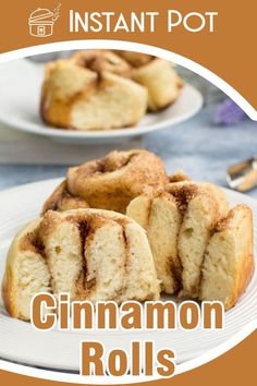 Delicious cinnamon rolls ready in less than 30 minutes, thanks to your pressure cooker, that allows you to skip the rising phase. If you're craving for something sweet that goes with your morning coffee, that's your recipe! Best Pressure Cooker Recipes, Power Pressure Cooker, Instant Pot Pressure Cooker, Slow Cooker Recipes, Fun Desserts, Dessert Recipes, Breakfast Bars Healthy, International Recipes, Coffee Cake