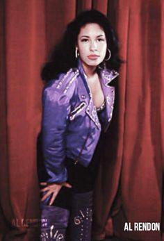Rare Selena Live Photoshoot
