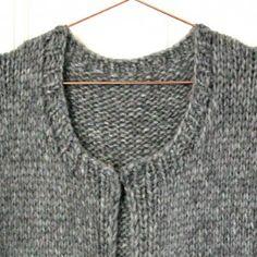 Strik den ultimative hyggevintertrøje - susanne-gustafsson.dk Knitted Shawls, Diy And Crafts, Knit Crochet, Sweaters, Cardigans, Clothes For Women, Knitting, Design, Fashion