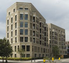 Maccreanor Lavington wins the Supreme Award with South Gardens at London's Elephant & Castle