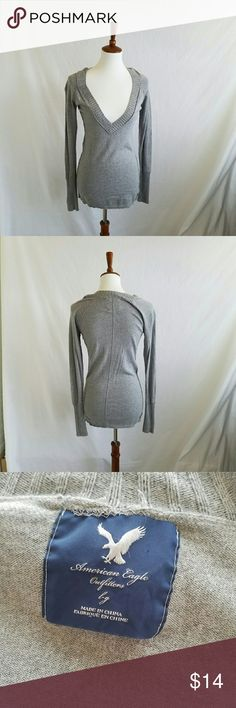 American Eagle Grey V-Neck Sweater Gently used.  Stretchy .  #012904 American Eagle Outfitters Sweaters V-Necks