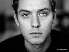 Jude Law - more when he was younger like in this picture. :)
