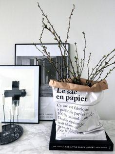 Via Plateful of Love | Le Sac en Papier | Black and White //