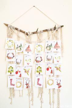 Christmas Countdown and Advent Calendar Idea All Things Christmas, Christmas Time, Christmas Ideas, Christmas Countdown Crafts, Navidad Diy, Free Christmas Printables, Diy Weihnachten, Printable Cards, Free Printable