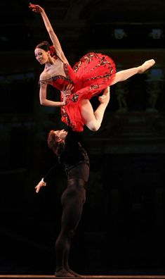 "Viktoria Tereshkina (Mariinsky Ballet) and Ivan Vasiliev (Mikhailovsky Ballet), ""Don Quixote""© Stas Levshin"