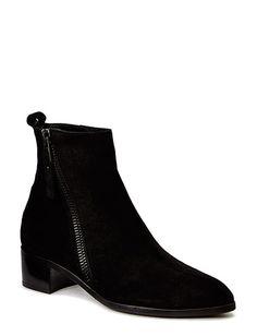 Kup Boots (Black Babysilk Suede 500) Billi Bi na stronie Boozt.com, 899.00 zł - Oferujemy najnowsze kolekcje tego sezonu, ostatnie trendy i szybkie przesyłki. Zapisz sie do naszego newslettera by uzyskać informacje o promocjach i nowych wydarzeniach!