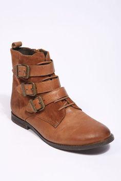 camel boots !
