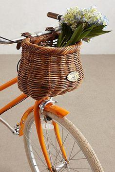 Bicicletas e acessórios lindos para pedalar por aí - cestas