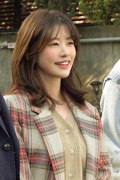 Playful Kiss, Jung So Min, Kim Go Eun, Young Actresses, I Fall, Kdrama, Crushes, Beautiful, Girls